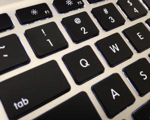 [Mac] Command + Q で間違ってアプリ終了しないようにする Karabiner 設定