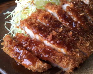 とんかつ「きよ川」のロースカツ定食(埼玉県久喜市)