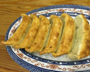 宇都宮餃子の有名店「正嗣」で焼餃子と水餃子を食べてきた