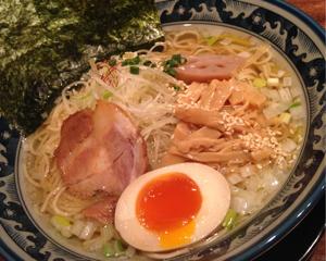 蓮田駅前「四代目ひのでや」で帆立がきいた優しい和風スープのひのでやラーメンを食べてきた